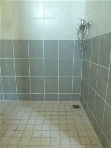 Douche dans chambre Chambord