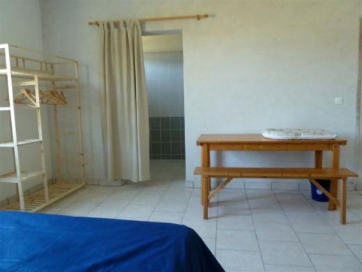Au rez-de-chaussée : chambre  Chenonceau avec 4 couchages